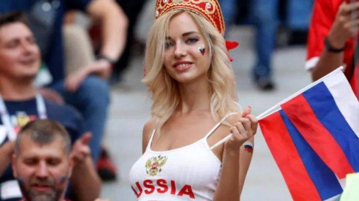 Natalya Nemchinova: Dinobatkan Jadi Suporter Tercantik Hingga Bintang Porno