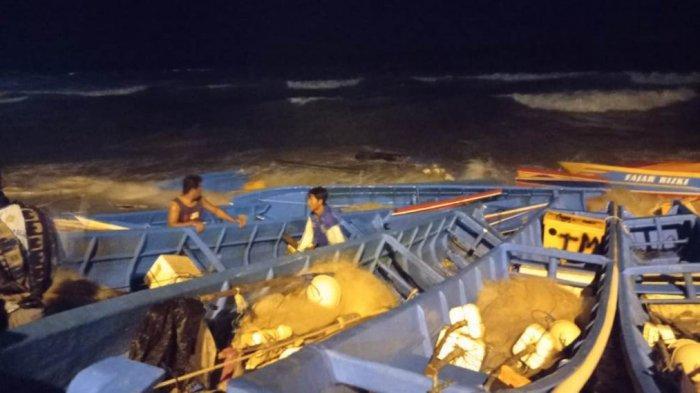 Tragedi Perahu Tersapu Ombak di Pantai Menganti, Nelayan Berharap Lahan Parkir Diperluas