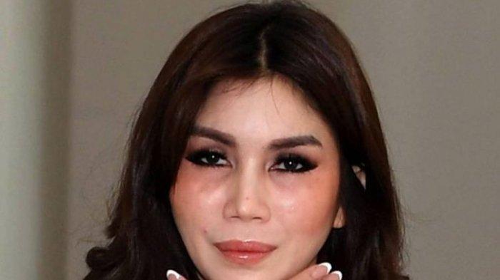 Nur Sajat, transgender ternama di Malaysia.(BERNAMA)