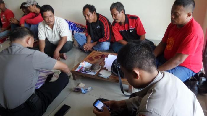 21 Orang Terjaring Operasi Pekat, Empat Ditangkap saat Berjudi Dadu Kocok