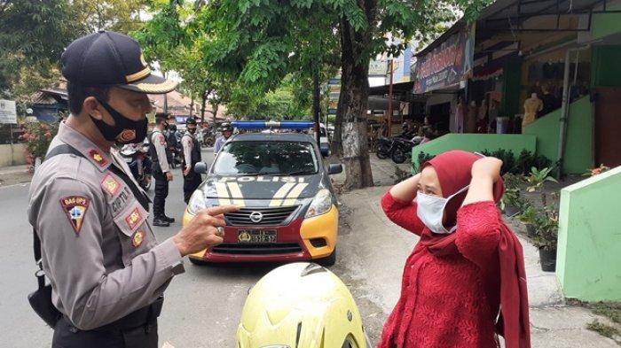 Pelanggar Protokol Kesehatan di Kebumen Dihukum Hafal Pancasila hingga Bersihkan Fasum