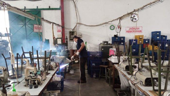 Karyawan Pabrik Sepatu Karanganyar Diliburkan Buntut Kasus Corona, Diusahakan Dapat Gaji