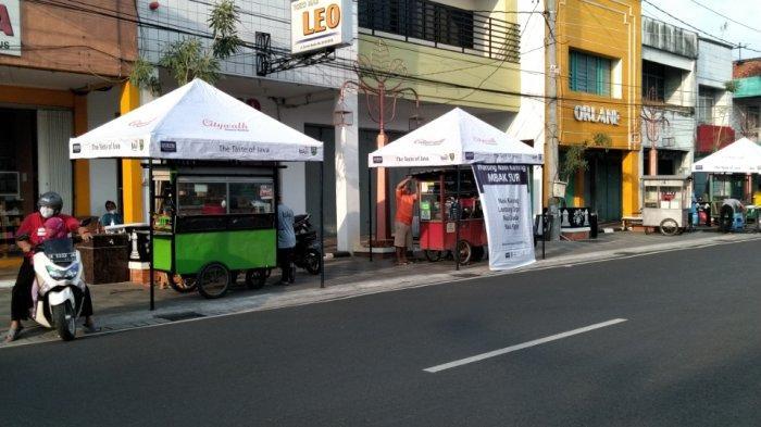 Pedagang Kaki Lima di Kudus City Walk Sudah Bisa Transaksi Non Tunai