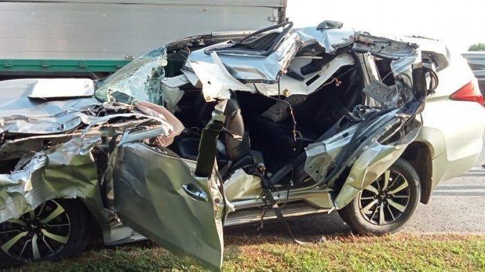 Kecelakaan Maut di Tol, Pajero Sport Tabrak Truk Kontainer, Seorang Bos Kontraktor Tewas