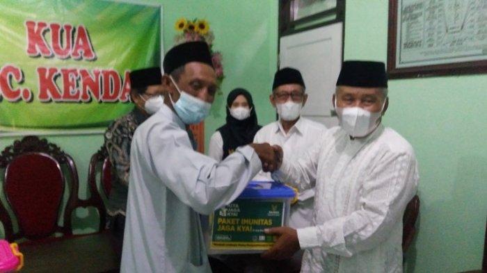 Baznas Kendal Salurkan 650 Paket Bantuan Imunitas kepada Kiai senilai Rp 153 juta