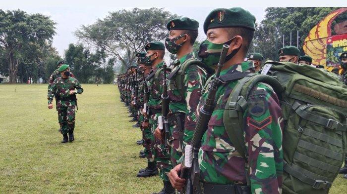 Pangdam IV/Diponegoro Mayjen TNI Rudianto sambut kedatangan pasukan Yonif Raider 400/BR yang baru saja bertugas Pamtas Mobile di wilayah Papua.