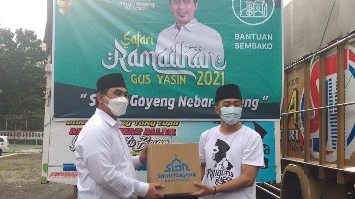 Panglima Santri Gayeng Gus Yasin Salurkan Sembako untuk Warga Miskin di 35 Kabupaten/Kota di Jateng