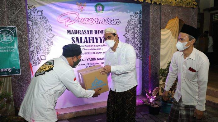 Wagub Jateng Gus Yasin Resmikan Madrasah di Sayung Demak, Harap Bisa Jadi Simbol Keilmuan