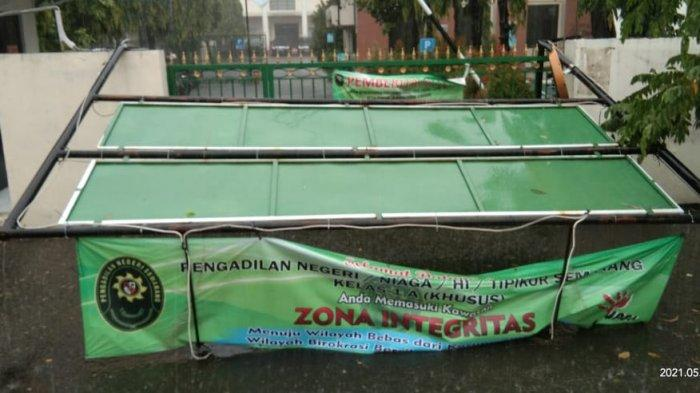 Ruang Hakim dan Panitera Pidana Ambrol, Koalisi LSM: Isyarat Sistem Peradilan PN Semarang Rusak