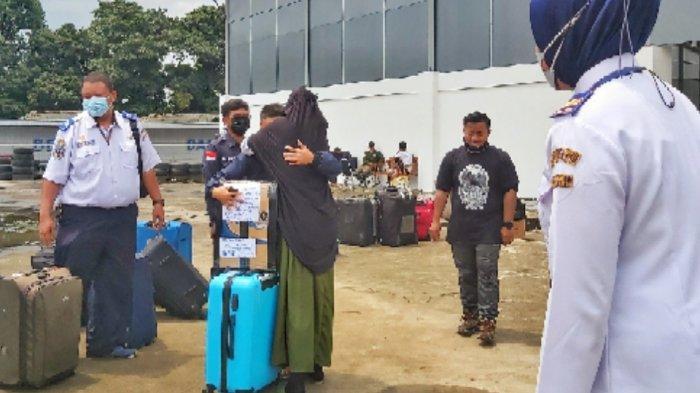 Sebelum Larangan Mudik Berlaku, Ratusan Santri Ponpes Gontor Dipulangkan Tiba di Solo