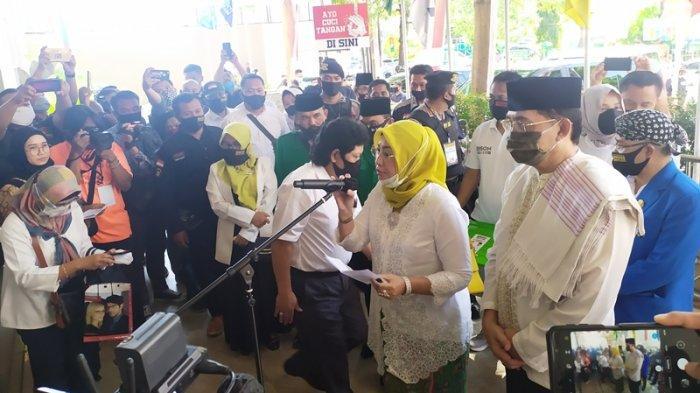 Resmi Mendaftar di KPU Kab Semarang, Pasangan Bison Siapkan Program Kartu Biso