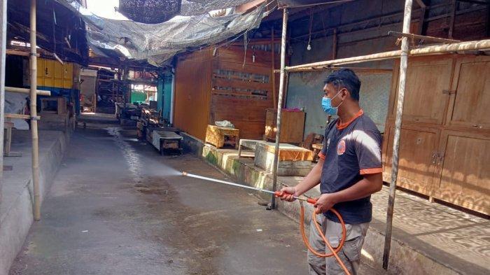 Sanksi Pedagang Pasar Jambangan Karanganyar Tak Patuh Prokes