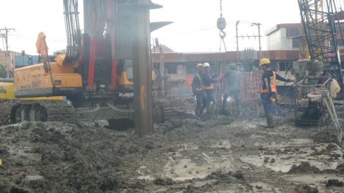 Pembangunan Pasar Kanjengan Johar Diperkirakan Molor Meski Alat Berat Ditambah