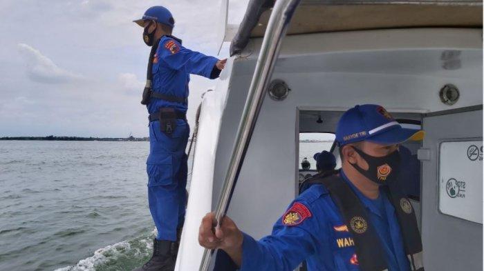 Polairud Polda Jateng melakukan patroli laut di sekitaran utara perairan Jawa Tengah.