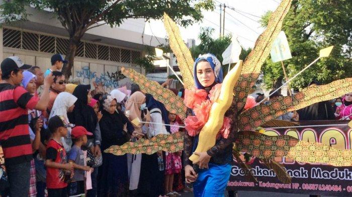 Puluhan Ribu Warga Pekalongan Padati Jalan Haji Agus Salim, Tonton Pawai Panjang Jimat