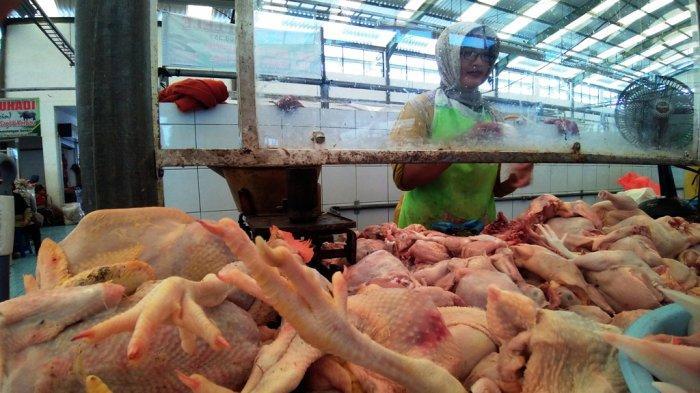 Swalayan & Pasar Tradisional di Kudus Dibatasi Sampai Jam 8 Malam Selama PPKM Darurat