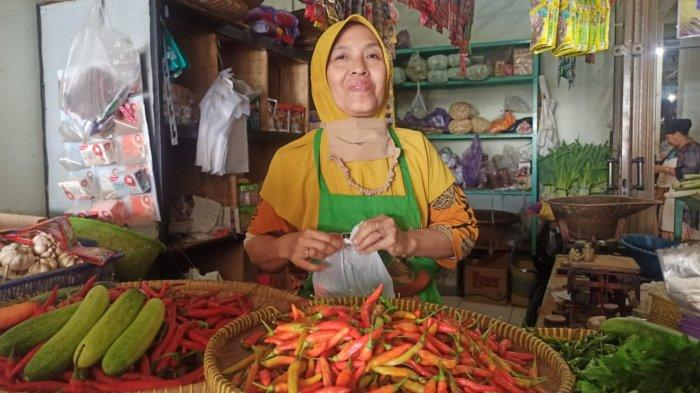 Harga Cabai di Batang Mulai Turun, Pedagang Lega