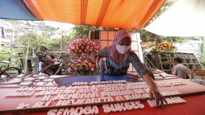 Rejeki Nomplok Pedagang Karangan Bunga Jelang Pelantikan Wali Kota Semarang
