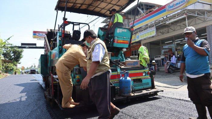 Tiga Ruas Jalan di Banjarnegara Menuju Bandara Jenderal Sudirman Diperbaiki
