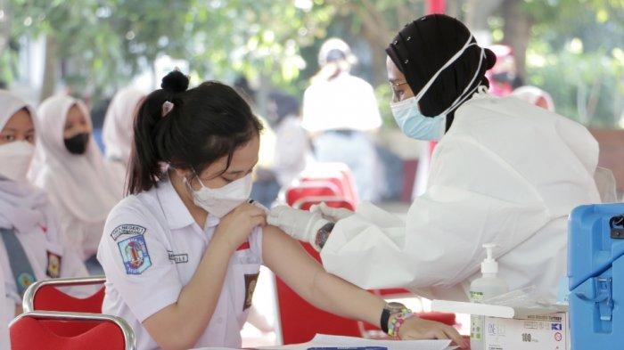 Benarkah Vaksinasi Akibatkan Hasil Positif Covid-19 Saat Swab Antigen atau PCR? Ini Jawaban Hakam