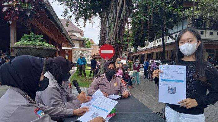 Ratusan Santri dan Ormas di Kota Solo Divaksin, Target 1.400 Dosis per Hari