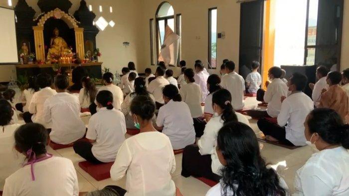 Perayaan Waisak di Banjarnegara, Pemuda Muslim Siaga di Wihara hingga Jaga Rumah Umat Budha