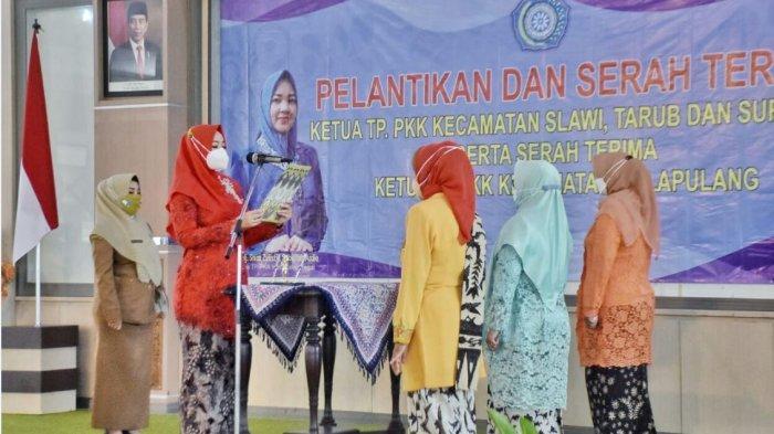 Sisca Sabillilah Ardie Lantik Empat Ketua Tim Penggerak PKK Kecamatan di Kabupaten Tegal