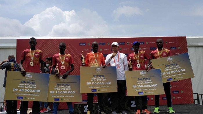 Pelari Asal Kenya,Geoffrey Birgen Berhasil Finish Pertama Borobudur Marathon 2018 Kategori Marathon