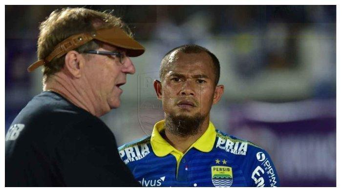 Pelatih Persib Bandung: Kami Lemah di Lini Tengah
