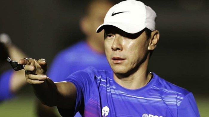 Pelatih Timnas Indonesia Shin Tae-yong Jawab Kritikan Milomir Seslija Via Instagram