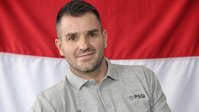 Soal Profesionalitas, Pelatih Simon McMenemy Kembali Ingatkan Laga Timnas 11 Juni di Yordania