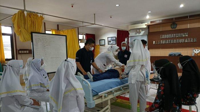 Bersama Yayasan Ambulans Gawat Darurat 118, Prodi D3 Keperawatan UMP Gelar BT&CLS;