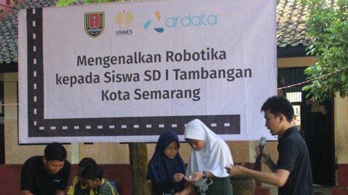 Ardata Latih Siswa SD Negeri Tambangan 01 Semarang Rakit Robot, Ini Tujuan dan Manfaatnya
