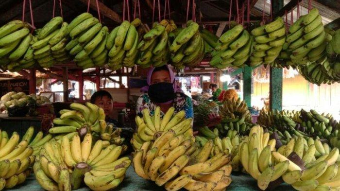 Pegawai di Lingkungan Pemkab Tegal Dianjurkan Membeli Sayur dan Buah-buahan Pedagang Kecil.