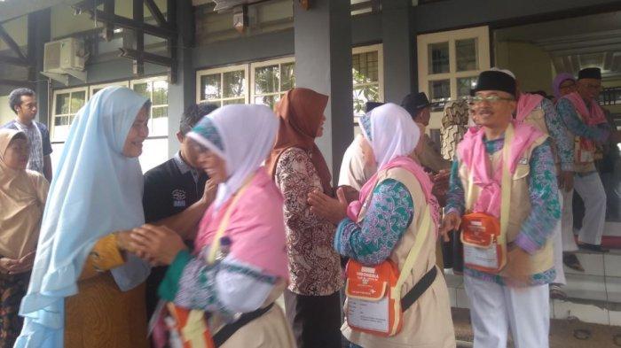 270 Calon Jemaah Haji di Karanganyar Sudah Menerima Vaksin Covid-19