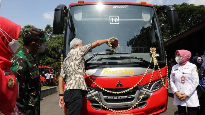 Resmikan Trans Jateng Semarang-Godong, Ganjar: Daerah Mesti Siapkan Angkutan Terusan