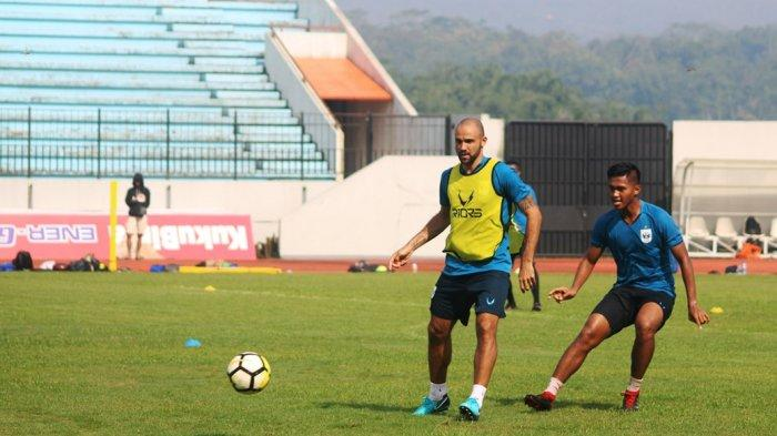 Begini Tanggapan Pelatih Jafri Sastra Sambut Wallace Costa dan Claudir Marini di PSIS Semarang