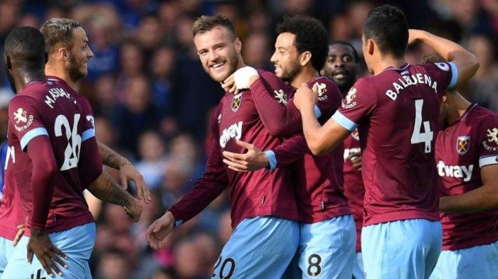 Burnley vs West Ham : Dua Gol Michail Antonio Antar The Hammers Raih Tiga Poin