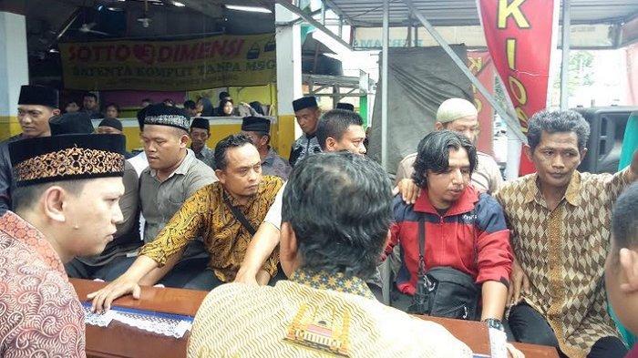 Hujan Tangis Warnai Pemakaman Farros, Siswa SMAN 1 Semarang yang Tewas Kecelakaan Pagi Tadi