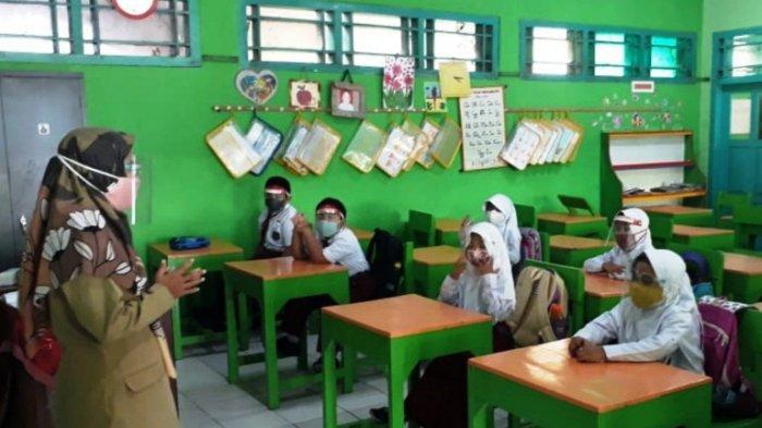 Masih Zone Orange, Puluhan Sekolah di Kecamatan Batang Mulai Pembelajaran Tatap Muka
