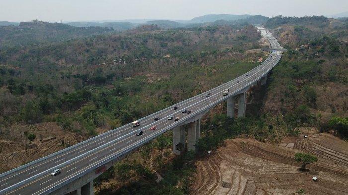 PT Trans Marga Jateng Lakukan Pemeliharaan Rutin 25 Jembatan di Sepanjang Tol Semarang-Solo.