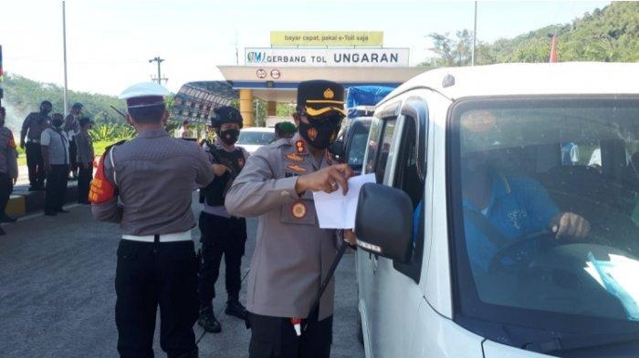 Polisi Halau Ratusan Kendaraan Keluar Tol Ungaran, Cek Dokumen yang Perlu Dibawa Agar Lolos