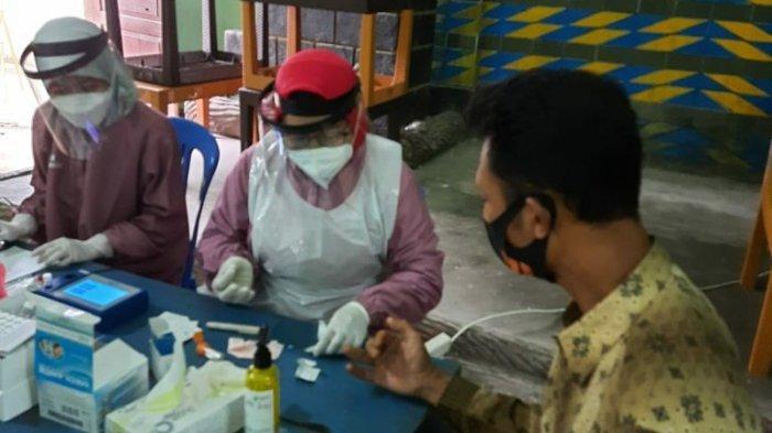 DKK Karanganyar Lakukan Pemeriksaan Kandungan Pestisida dalam Darah Para Petani