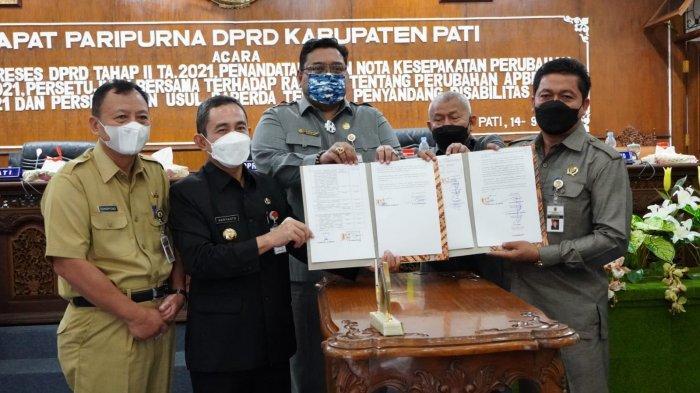 Pemkab dan DPRD Pati Sepakati Raperda Perubahan APBD 2021