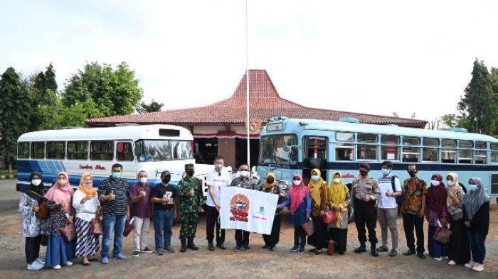Heritage on Wheels Kebumen: Wisata Keliling Kota Naik Bus Jadul dengan Tarif Rp 50 Ribu