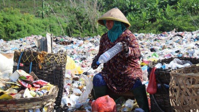 Volume Sampah selama PPKM di Kota Semarang Turun 100 Ton per Hari