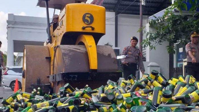 Jelang Nataru, Polres Tegal Kota Musnahkan 2.600 Botol Miras