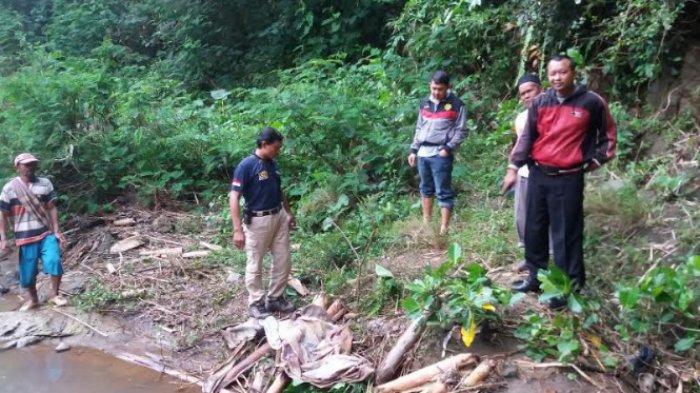 Ditemukan Mayat Bayi sudah Hancur di Sungai Domiri