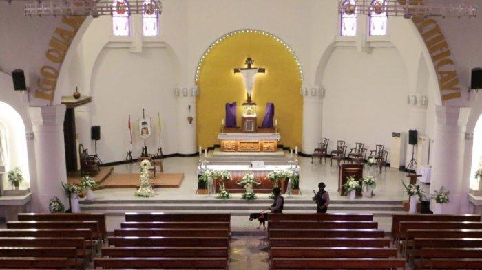 Isu Terorisme Tidak Membuat Jemaat Gereja Katederal Semarang Takut Jalani Misa Paskah