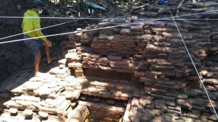 Puslitarkenas Gali Dua Lokasi Temuan Candi di Rowosari Kendal